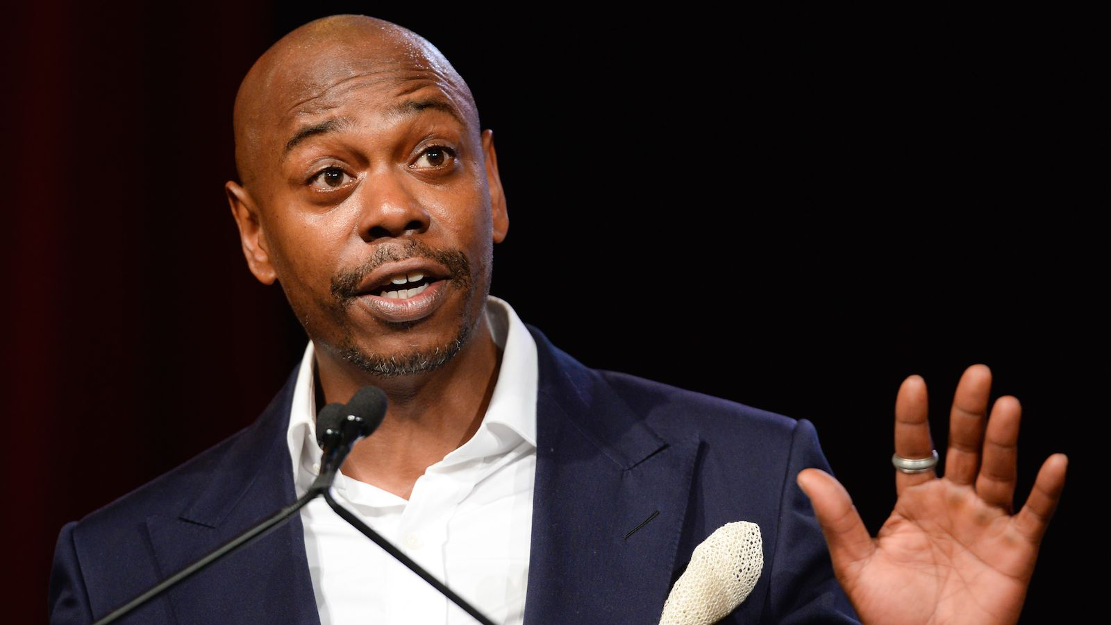 the comedy of dave chappelle critical essays Furthermore, dave chappelle is known to often sit on a stool and work a stream of consciousness style of comedy in his stand-up shows, sometimes going for many hours, a characteristic often absent in most stand-up shows.