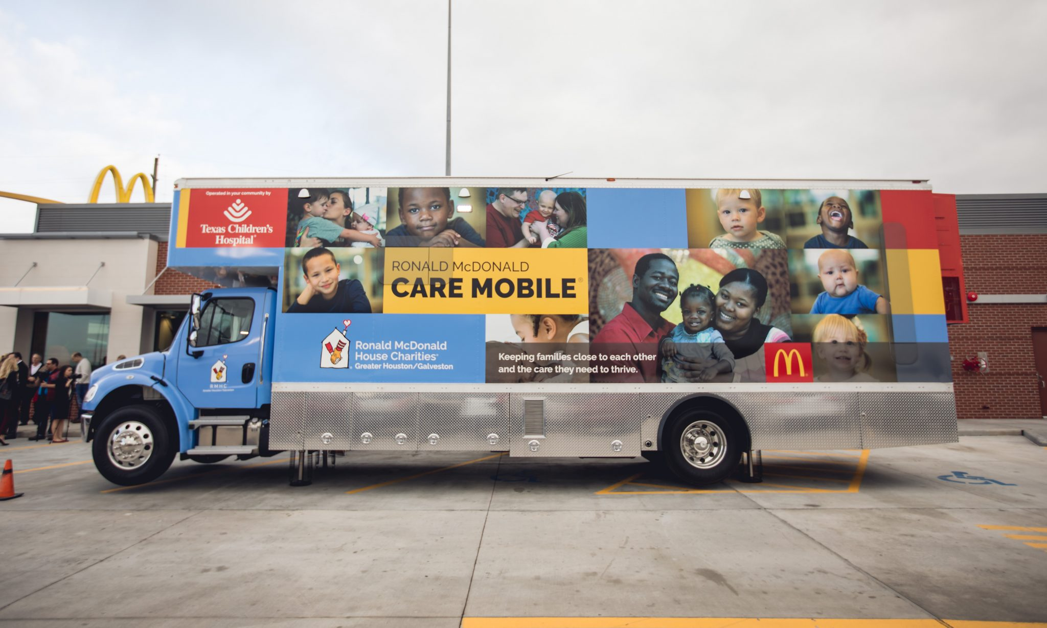 Mayor Turner to help unveil Ronald McDonald Care Mobile