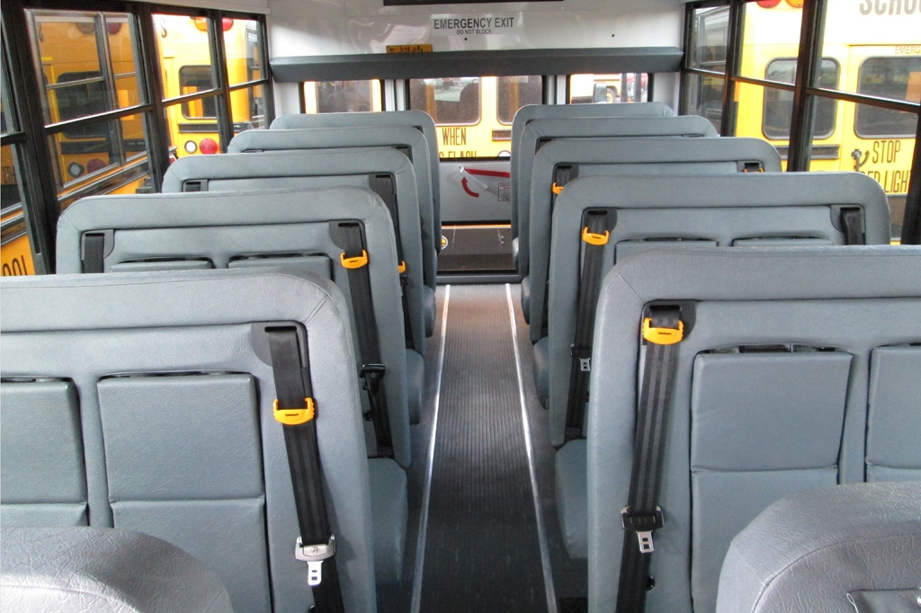 How Many Kids Buses Seat