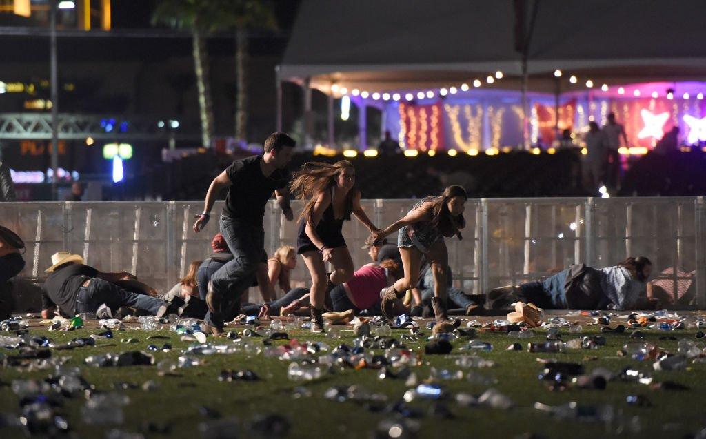 kellyanne conway blames president obama for vegas shooting