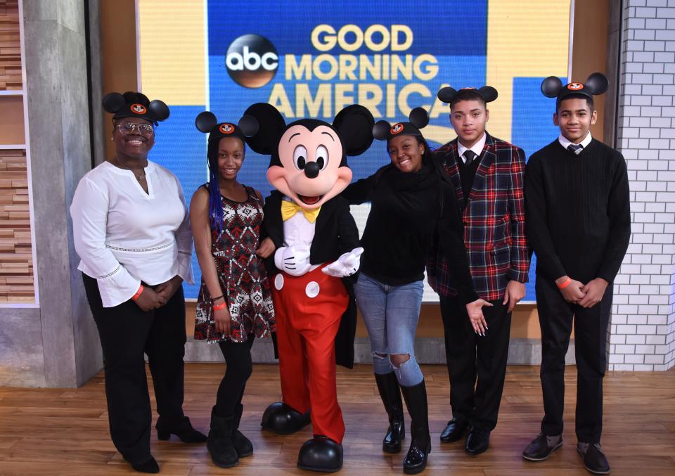 Disneys dreamers academy essay contest to win