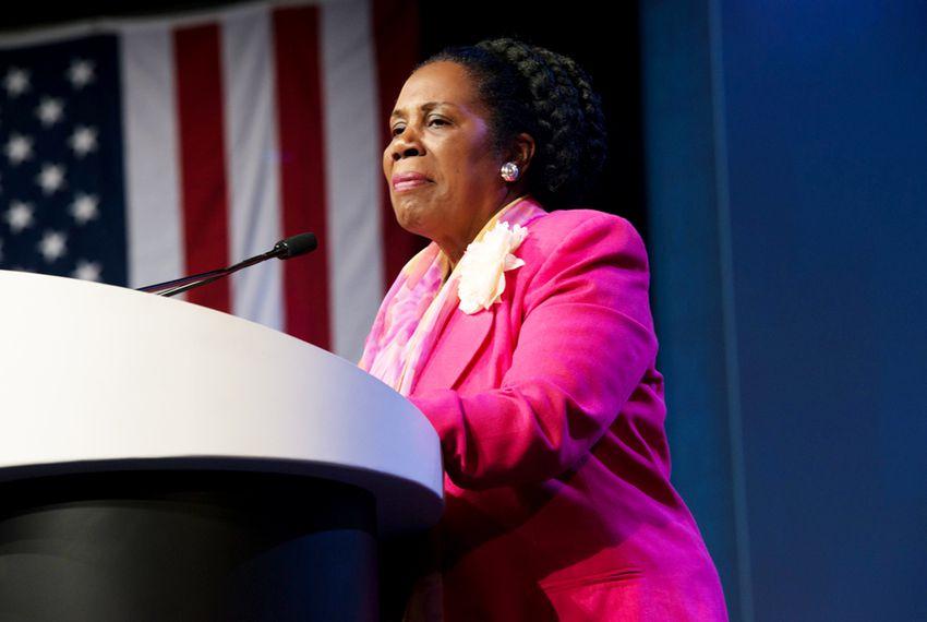 Rep. Sheila Jackson Lee announces Federal Work-Study program at 5 Houston universities - DefenderNetwork.com