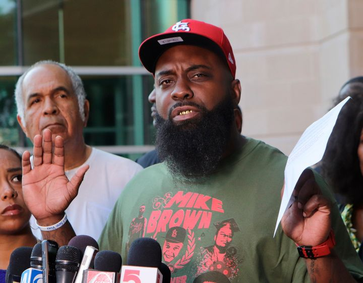 Michael Brown's father calls for Ferguson case to be ...