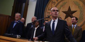 Texas House Speaker Dennis Bonnen apologizes