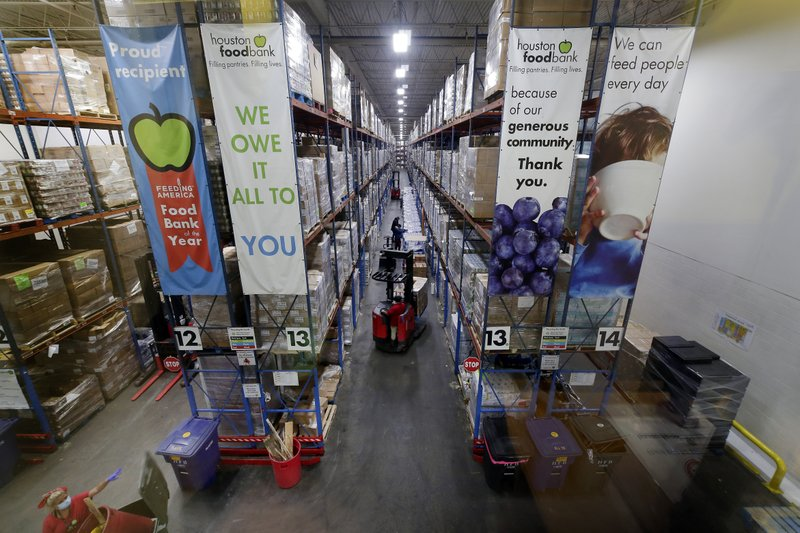 Harris County extends partnership with Houston Food Bank